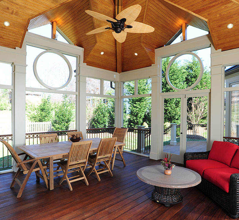 High Quality Screened-In Porch