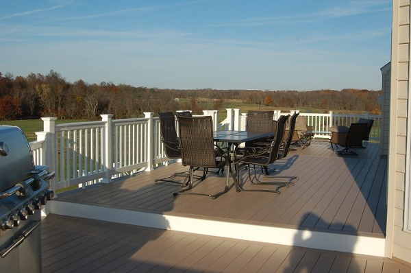 AZEK deck Poolesville, Maryland special collection vinyl decking deck surfacce