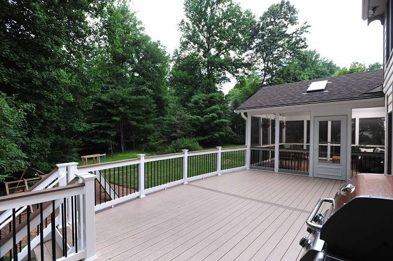 Azek decking with Deckorators balusters