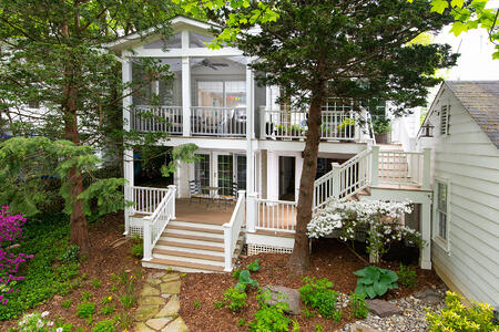 Chevy Chase 2 story deck screened porch. 16