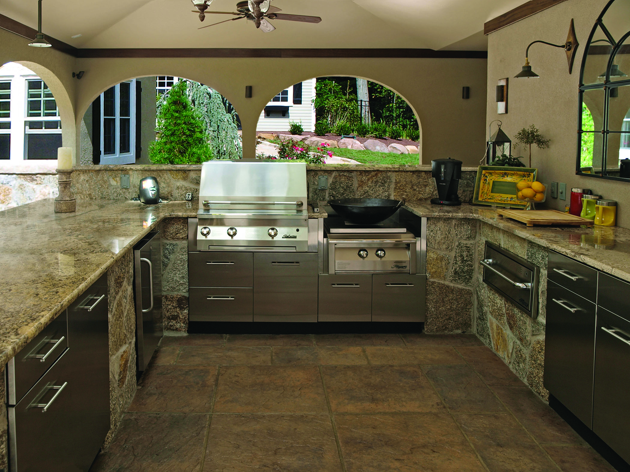 covered Danver outdoor kitchen picture