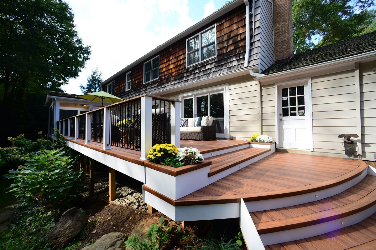 zuri deck design with outdoor lighting during the day in potomac, maryland