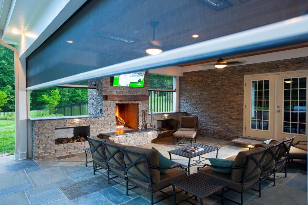 screened-in patio in Fairfax County, Virginia with Infratech heaters and motorized retractable Phantom screens (9)