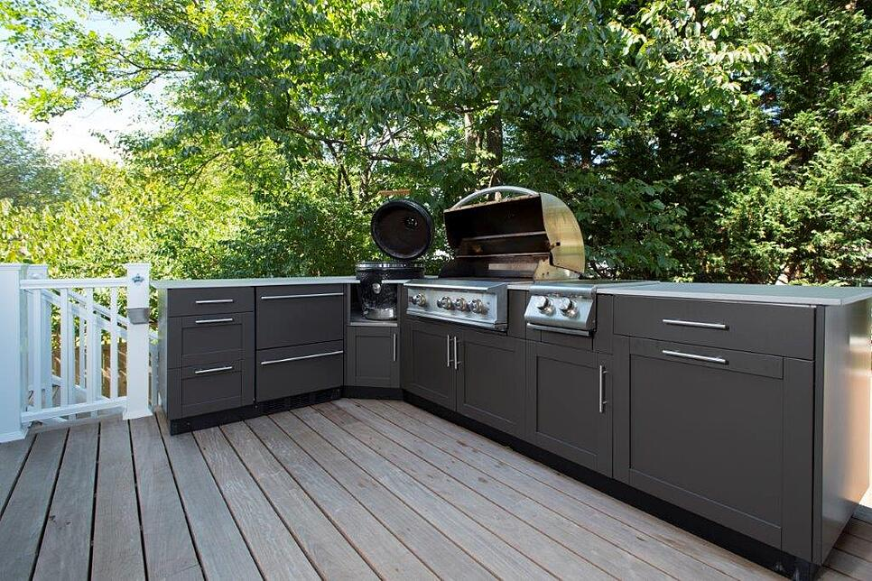 What Are the Benefits of Outdoor Stainless Steel Kitchen Cabinets?