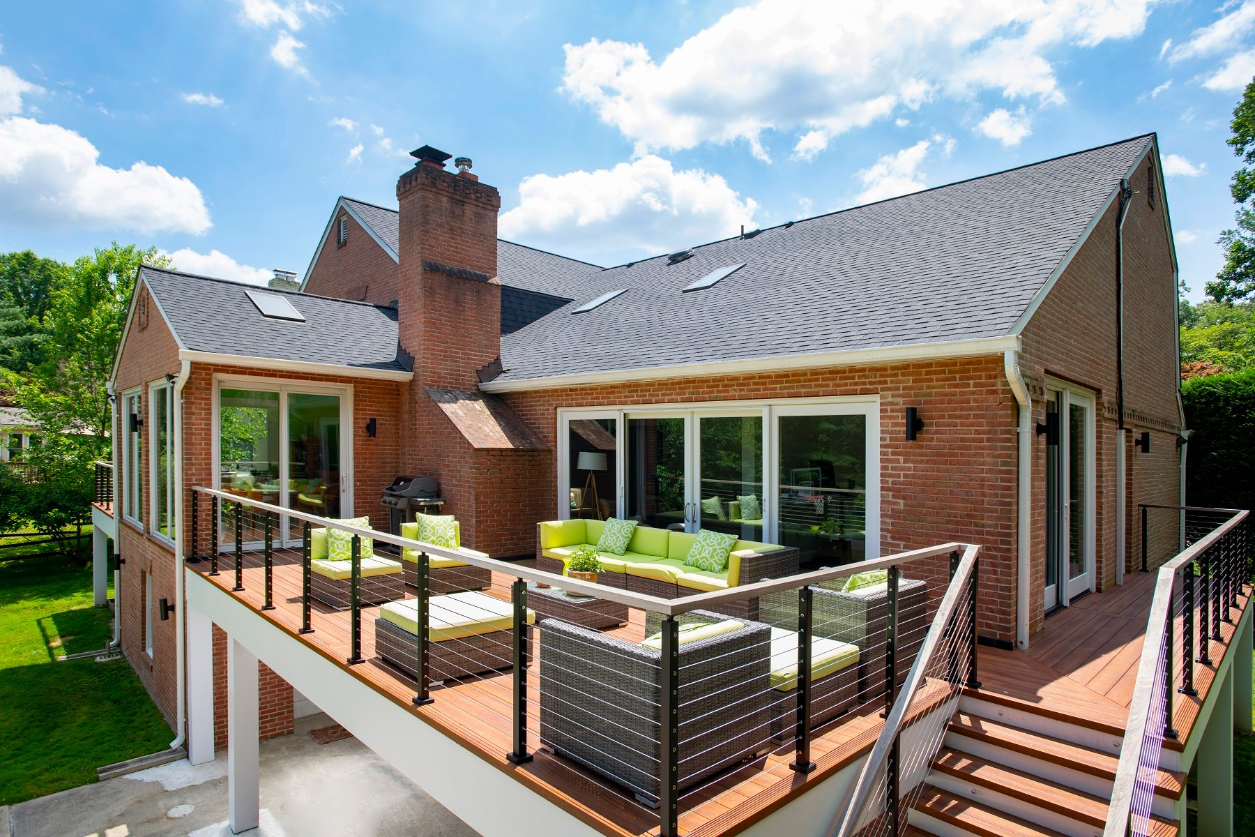 luxurious Zuri deck design in Montgomery County