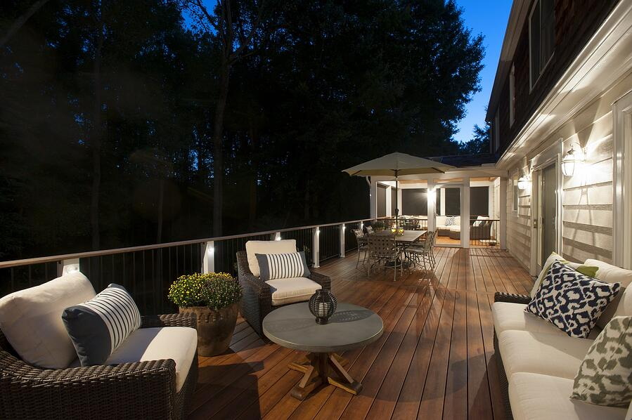 zuri_deck_and_hardwood_screened_porch (55)
