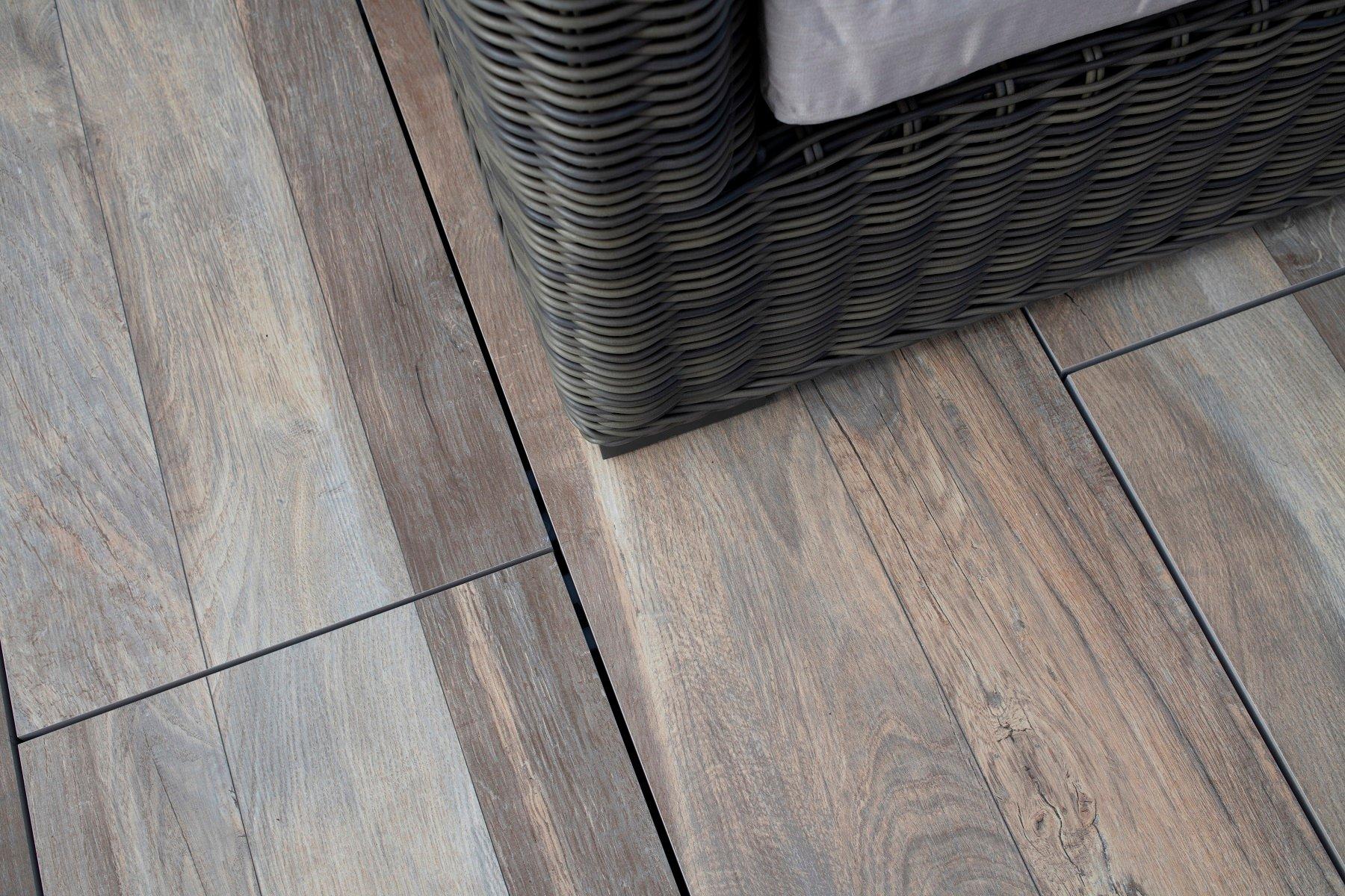 logans-circle-archatrak-porcelain-deck-tiles-detail (4)