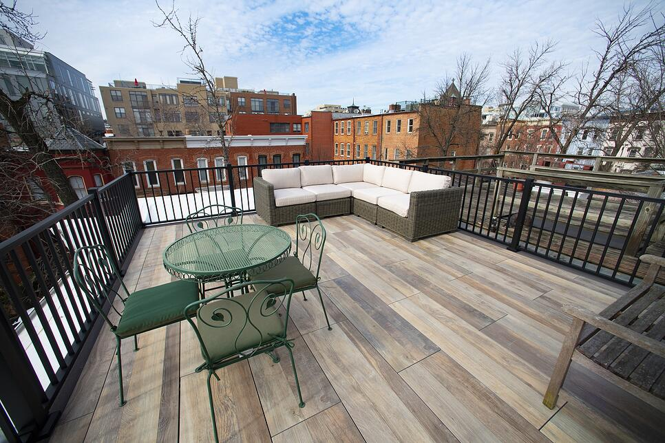 logans-circle-rooftop-deck-with-archatrak-deck-tiles (5)
