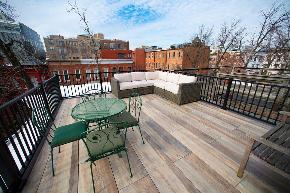 logans-circle-rooftop-deck-with-archatrak-deck-tiles (5)