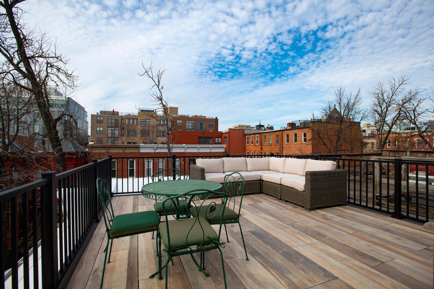 logans-circle-rooftop-deck-with-archatrak-deck-tiles (7)