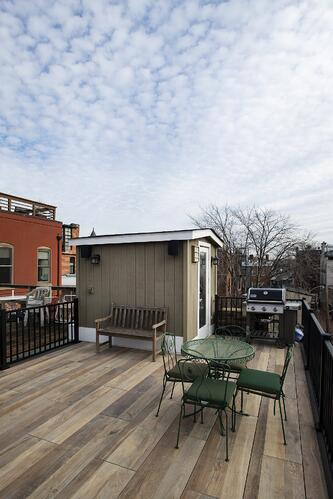 rooftop deck in logans circle, washington, dc with porcelain deck pavers