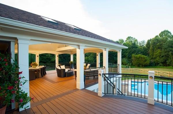 azek-pvc-retractable-screened-porch-pool-deck-vienna-va-3-1