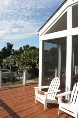zuri_deck_in_maryland_with_screened_porch_opt