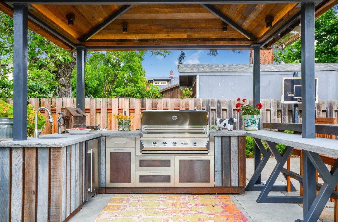Danver Kitchen 39 S Greatest Accomplishments