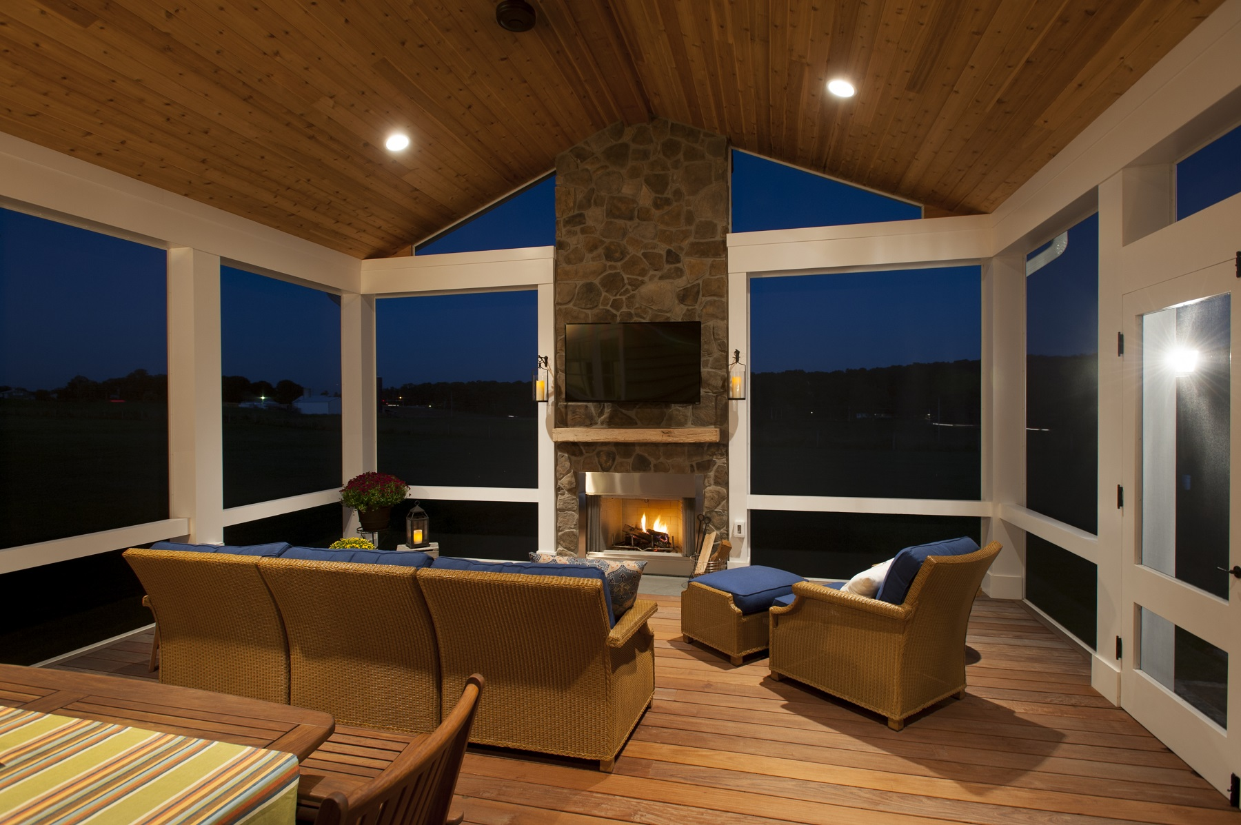 Screened Porch Design In Maryland