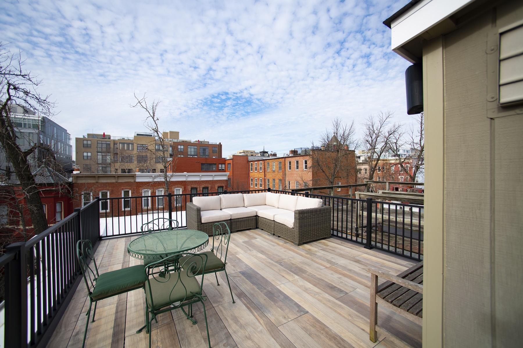 Low Maintenance Rooftop Deck Design With Archatrak Tiles