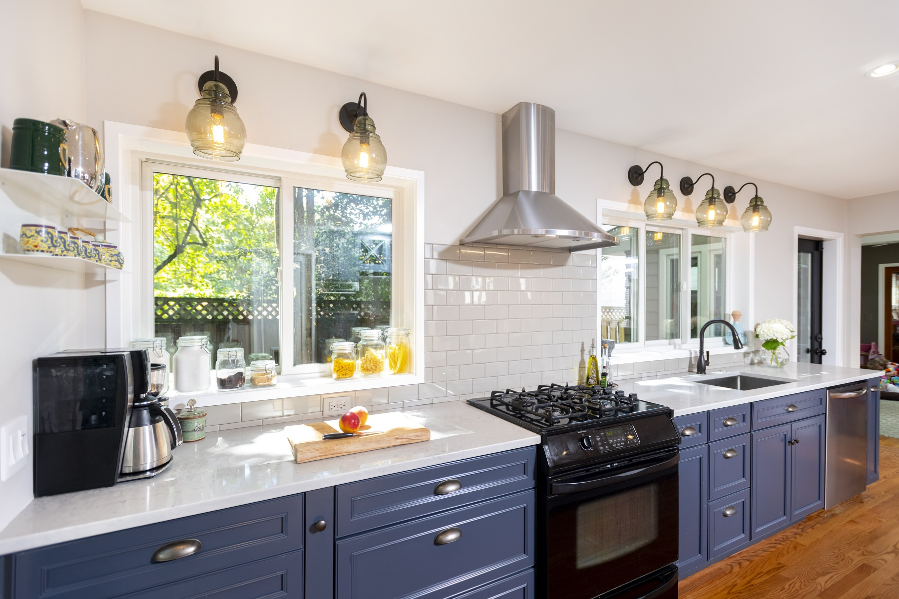 custom_interior_kitchen_remodel_wood_floors_painted_cabinets_washington_dc (1)